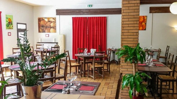 restaurant Friendly Auberge Hostel & Restaurant